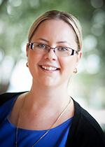 Portrait photo of Simone Casey